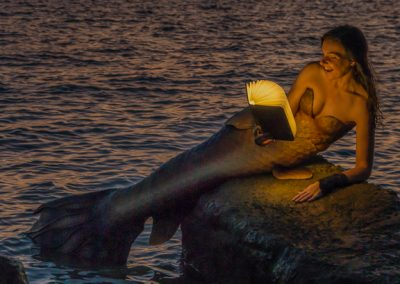 glow of a good book